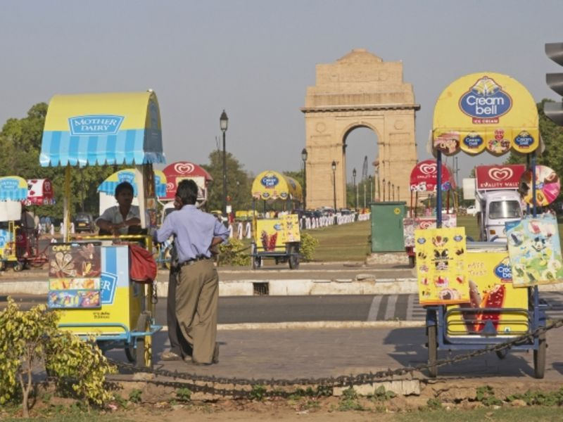 Ice cream vendors at India Gate, Delhi.