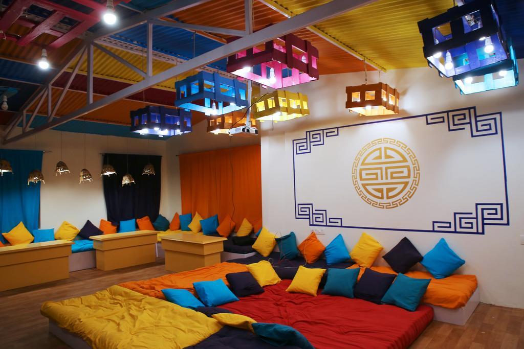 goSTOPS hostel
