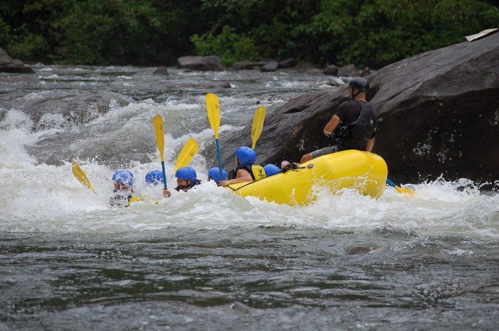 River rafting Himachal pradesh