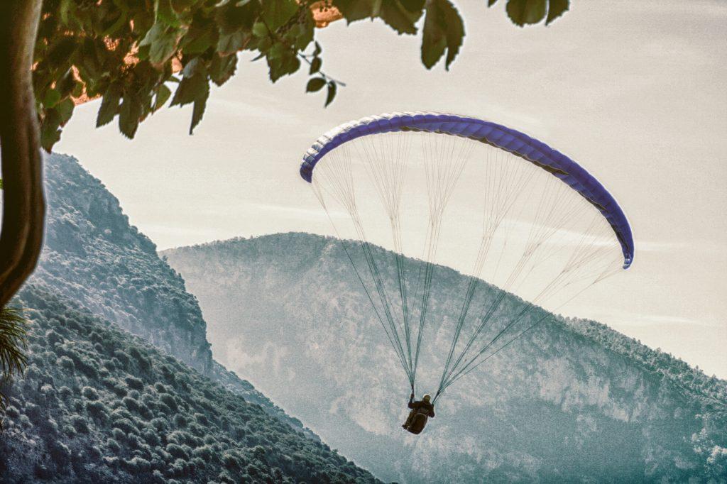 thrilling activities in Mukteshwar, paragliding